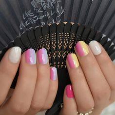Small Short Fake Nails for Children – Vettsy Short Fake Nails, Short Nails Art, Nail Store, Nail Length, Round Nails, Nail Set, Nail Tips, Color Mixing, Nail Art Designs