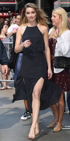 Polka-dot beauty: Amber Heard was spotted in New York City& Times Square on Monday as she headed to Good Morning America amberheardhot Amber Heard Hot, Amber Heard Style, Amber Head, Bollywood, Bella Thorne, Slit Dress, The Most Beautiful Girl, Hot Girls, Celebrity Style