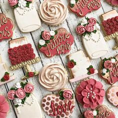 The Most Adorable Wedding & Engagement Cookies For Your Sweet Tooth - Wilkie: An assortment of beautifully decorated wedding cookies will satisfy any guest's sweet tooth! Iced Cookies, Cute Cookies, Royal Icing Cookies, Yummy Cookies, Sugar Cookies, Owl Cookies, Cupcakes, Cupcake Cookies, Flower Cookies