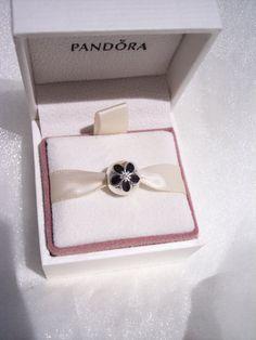 8053c3236 Pandora