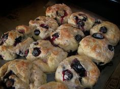2 cups all-purpose flour  2 teaspoons baking powder  2 teaspoons sugar  4 tablespoons butter or margarine or 1/2 stick  3/4 cup buttermilk  1 egg  1 cup fresh blueberries (could use frozen)