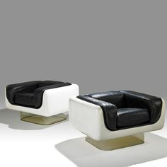 Gel-Coated Fiberglass, Acrylic and Leather Lounge Chairs by Steelcase Furniture Co. 1970s Furniture, Funky Furniture, Mid Century Furniture, Luxury Furniture, Vintage Furniture, Furniture Design, Plywood Furniture, Leather Lounge, Leather Sofas