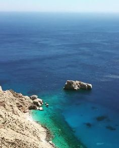 Amorgos island (Αμοργός)☀️. The amazing view of the deep blue sea from the Monastey of Hozoviotissa which is hanging on the cliff side 300 m above the sea !!