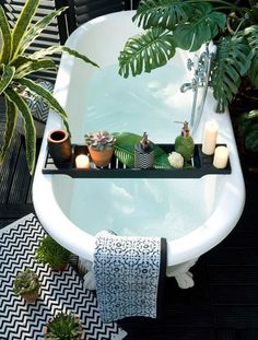 Estilo tropical, inspiración: decorar tu hogar con plantas tropicales o complementos decorativos de estilo tropical. Bathroom Inspiration, Interior Inspiration, Interior Ideas, Fashion Inspiration, Design Inspiration, Travel Inspiration, Houses Architecture, Modern Architecture, Estilo Tropical
