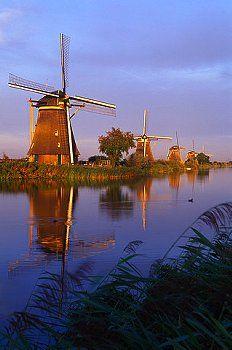 Netherlands, Holland, Kinderdyck - Windmills Line Canals at Dawn