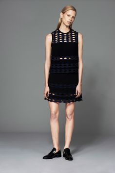 Yigal Azrouël Pre-Fall 2015 Fashion Show - Lina Berg
