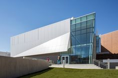 Museo de arte Zuckerman / Stanley Beaman & Sears