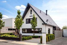 House Front, My House, Villa Design, House Design, Building Design, Building A House, Carport Designs, Bungalow Renovation, Facade House