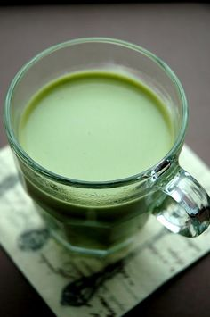 Green tea latte, for a healthy St. Patrick's Day