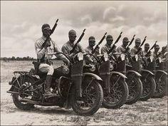 História da Motocicleta Harley-Davidson. Andar entre nós.