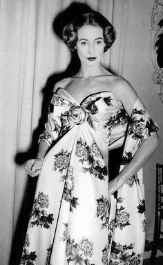 Christian Dior's 'Caracas' shantung evening dress, Spring 1957.