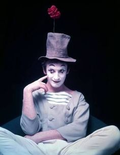 Marcel Marceau: the Master of Mime Mime Marceau, Mime Face, Art Of Silence, Pierrot Clown, Halloween Circus, Es Der Clown, Hbo Documentaries, Dramatic Arts, Clowning Around