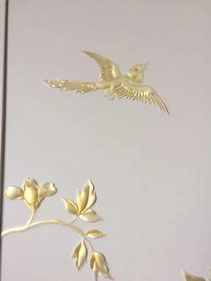 极致·天下优布/皮革精细绣花+手工雕刻的新类型墙面装饰品,创造了这个时代的立面装饰新形态。用心的图形布局,精细而多变的绣法,熟练的刻花技巧,工人精准的硬包对花拼贴,以及更多的表面色彩选择,造就这一全新的墙面装饰品的广泛应用。各个生产环节工人综合的精湛技艺是这一类按需定制皮雕产品的灵魂,我们在善酿产品,用对待艺术品的心态来做工艺品,如你所需,用心为您创造更大价值。联系电话:18667156677