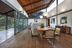 Wooden Floor Dinning Room at Massive Home Architecture with Modern and Green House Idea Dream Home Design, My Dream Home, House Design, Dream Homes, Plafond Design, House In The Woods, Sun House, Dining Room Furniture, Dining Rooms