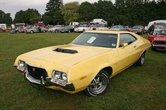 1972 Ford Gran Torino Sport Sportsroof my dad had the same with the lazer strip on the side Pontiac Gto, Chevrolet Camaro, 1957 Chevrolet, Mustang Cars, Ford Mustang, 1973 Mustang, Grand Torino, Ford Classic Cars, Classic Mustang