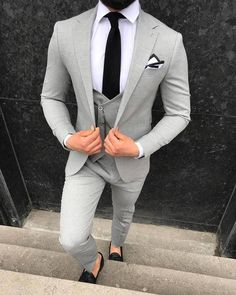 Hunter L-Gray Slim-Fit Suit – brabion Mens Casual Suits, Men's Suits, Cool Suits, Grey Suits, Grey Wedding Suits, Formal Suits, Blazer Outfits Men, Mens Fashion Blazer, Suit Fashion