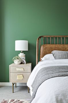home decor luxury DOMINO:This Mad Men-Inspired Loft Blends Retro Decor With Modern Luxury Green Bedroom Walls, Green Accent Walls, Accent Wall Bedroom, Bedroom Colors, Home Decor Bedroom, Modern Bedroom, Master Bedroom, Trendy Bedroom, Bedroom Ideas