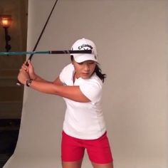 You Need To Stop Moving Your Head During Your Swing. Lydia Ko Is Here - Golf Digest