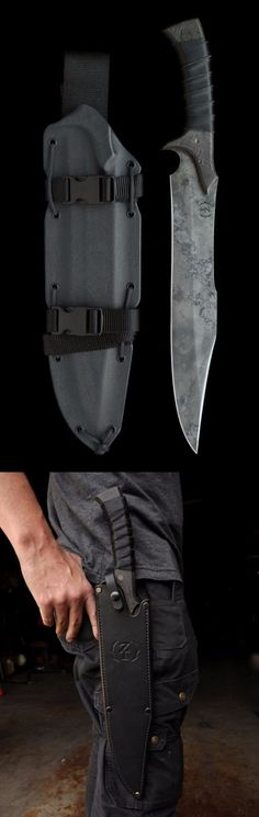 Zombie Tools The Felon Bowie Fixed Combat Fixed Knife Blade Aegis Gears www. Survival Weapons, Survival Knife, Survival Gear, Cool Knives, Knives And Swords, Tactical Knives, Tactical Gear, La Forge, Cold Steel