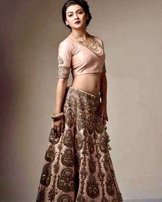 Half Saree, Bengal, Navel, Simply Beautiful, Sequin Skirt, Angeles, Drama, Celebrity, Outdoors