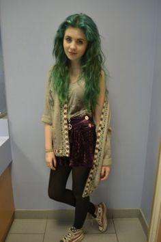 green hair <3 <3 <3