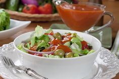 What can we say about this creamy homemade French dressing? Whip up Our Own French Dressing in no time. French Salad Dressings, Salad Dressing Recipes, Salad Recipes, Homemade French Dressing, Country French Dressing Recipe, Sauces, Russian Dressing, Homemade Mayonnaise, Side Salad