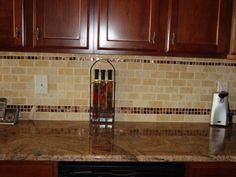 subway+glass+tile+backsplash+design | ... limestone subway tile (Jerusalem Gold) with glass tile accents
