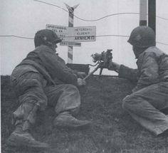 101st AB, 506Reg, E comp crossroad near Eindhoven sept 1944