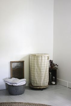the merry thought | diy laundry hamper