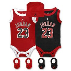 Even the littlest Jordan fan can dress like his hero with the Jordan Infants' Basketball Jersey Five-Piece Set. This set features a Jordan bodysuit, booties and a cap.