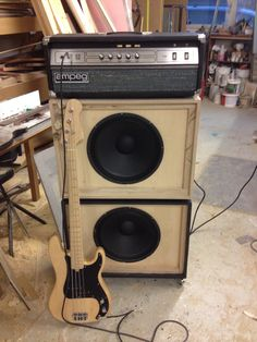 P bass, Ampeg 2 x 15's