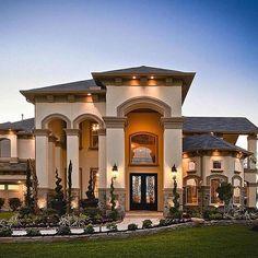 WEBSTA @ unique.luxury - Amazing mansion on display via: @mansion_kings