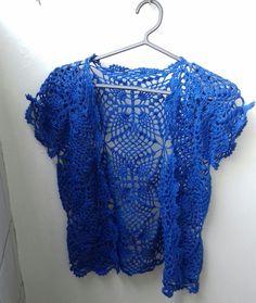 http://edna-mendes.blogspot.com.br/2017/05/bolero-de-croche-azul.html