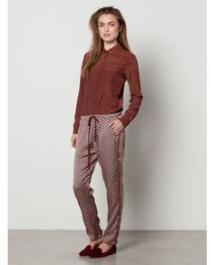 Silky Relaxed Fit Pyjama Pants With Placement > Womens Clothing > Pants at Maison Scotch - Official Scotch & Soda Online Fashion & Apparel Shops