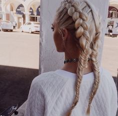 ∙∙∘∘✱✶☆☆✶✱∘∘∙∙ two dutch braids long blonde hair