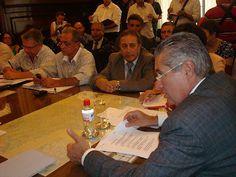 Hoje ocorre a primeira reunião com Ivan Sartori em 2013