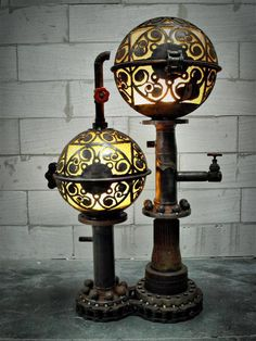 Art made from metal scrap into steampunk design lamps, clocks and other imaginative objects. All unique steampunk style decoration art pieces. Viktorianischer Steampunk, Steampunk Gadgets, Steampunk House, Steampunk Design, Steampunk Fashion, Steampunk Bedroom, Steampunk Furniture, Industrial Furniture, Vintage Industrial