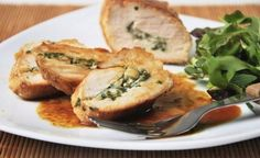 Chicken Stuffed with Ricotta. Chicken stuffed with ricotta and herbs. (in Spanish) Herb Recipes, Milk Recipes, Spicy Recipes, Seafood Recipes, Italian Recipes, Low Carb Recipes, Chicken Recipes, Dinner Recipes, Healthy Recipes