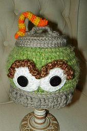 Grouch in a Can Hat ( Oscar the Grouch Inspired) by Yarn Artists