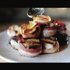 Aarrrrwwwwgh! Meilleur des 2 mondes! Pétoncle enrobé de bacon avec couli de beurre! #miam