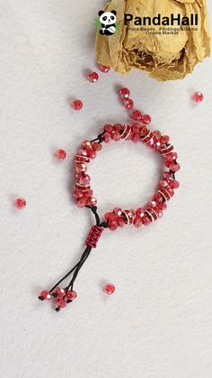 PandaHall Video: Bilden Sie ein Armband mit Perlen und Schnüren Present a handmade bracelet today. We used some materials: galvanize glass beads, beads with rhinestones and string threads. Click the link to view the details. Handmade Jewelry Bracelets, Bracelet Crafts, Jewelry Crafts, Beaded Bracelets, Jewelry Ideas, Necklaces, Beaded Jewelry Patterns, Bracelet Patterns, Bead Jewellery