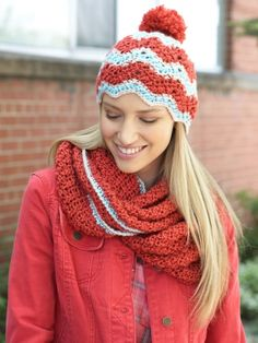 Free Pattern - Heat up your cold weather wardrobe with this stylish #crochet Ripple Hat and Cowl Set