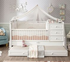Romantic babybed ledikant meegroeibed   4 in 1 Specialist in kinderkamers en slaapkamers Baby Boy Room Decor, Baby Boy Rooms, Baby Cribs, Girl Room, Bed Net Canopy, Baby Bed Canopy, Carriage Bed, Princess Canopy, Bed Images