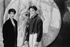 Still of Robert Downey Jr. and Marisa Tomei in Sólo tú (1994)
