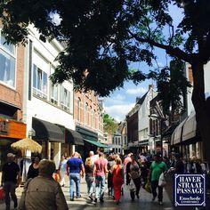 DEZE WEEK GROOT NIEUWS UIT DE HAVERSTRAATPASSAGE We gaan komende dagen twee nieuwe winkels bekend maken, die onze winkelstraat gaan verrijken. Blijf ons daarom volgen!!  #Haverstraatpassage #Enschede (Centrum).
