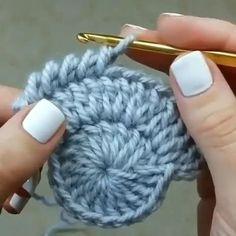 Beau Crochet, Crochet Diy, Crochet Motifs, Freeform Crochet, Crochet Stitches Patterns, Crochet Crafts, Crochet Projects, Crochet Tutorials, Crochet Tunic