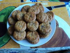 Bryndzové pagáče • recept • bonvivani.sk Ethnic Recipes, Food, Basket, Essen, Meals, Yemek, Eten