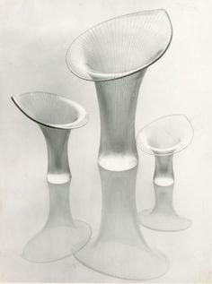 Kantarelli-maljakot, Design: Tapio Wirkkala (1946), Iittala #tapiowirkkala #iittala #maljakot #kantarelli #lasimuotoilu #glassdesign #suomalainenmuotoilu #finnishdesign