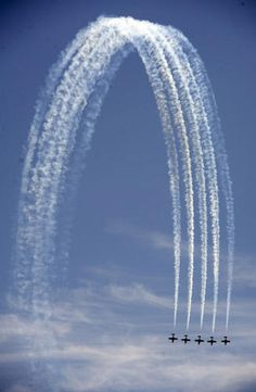 Funny this was in my feed, My F.I.L managed The Snowbirds for 10 years.