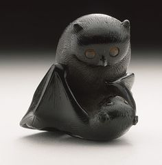Horaku, Owl and Bat netsuke, early to mid 19th century.